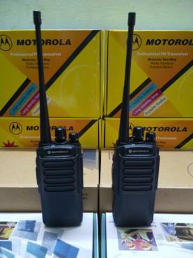 Máy bộ đàm Motorola TC-800