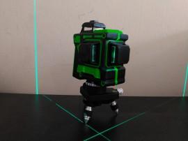 Máy cân bằng laser 12 tia xanh SABARU